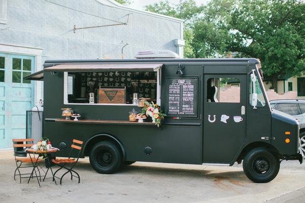Mobile Coffee Citron Truck Outdoor Lucky Lab