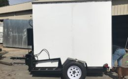 closed-mobile-retail-trailer